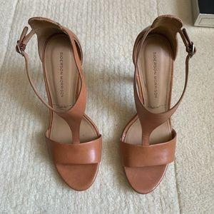 NWT Sigerson Morrison Sandals Size 8